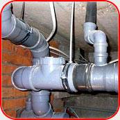 Монтаж труб канализации в квартире или коттедже